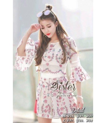 Bell Sleeve Lace Top With Shorts