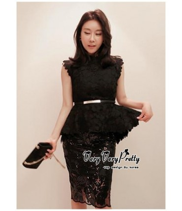 Black Chandelier Lacey Peplum Top