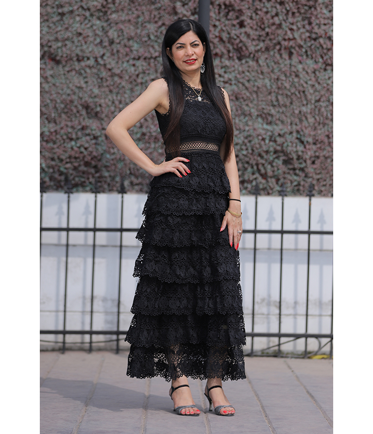 Feel the flow Ruffled Black Long Dress