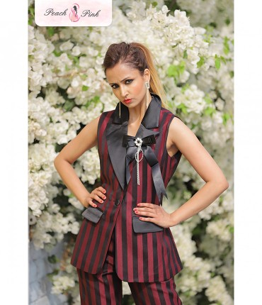 All things sassy Slim fit Red Striped Chic Blazer Set